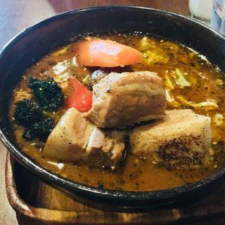 とろとろ焙煎炙り角煮(スープカレーGARAKU 札幌)