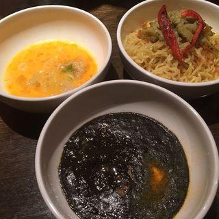 黒陽スパイスカレーたまごつけ麺(オラ!ボッサ (ola!Bossa))
