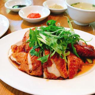 ローストチキンライス/香り米・スープ付(威南記海南鶏飯 日本本店 (Wee Nam Kee Chicken Rice/ウィーナムキーチキンライス))