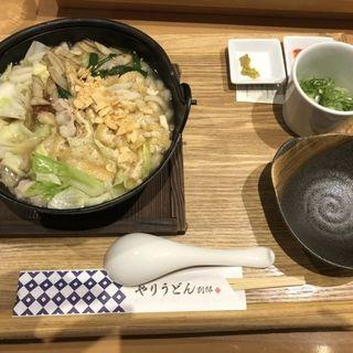 博多もつ鍋うどん(博多やりうどん別邸 空港店)