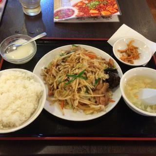 豚肉と野菜炒め(星宿飯店)