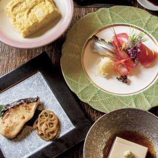 桜コース( 蕎麦味噌 出汁巻 お任せ三品 おろし蕎麦 デザート)(古拙 (コセツ))