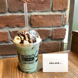 チョコミントスムージー(niko and ... COFFEE 梅田HEPFIVE)