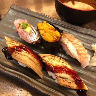 寿司(肴屋八兵衛 金山店 (【旧店名】魚椿))