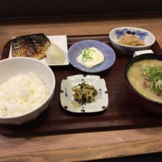 トン汁定食(天神 わっぱ定食堂 )
