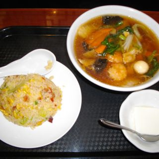 五目タン麺半チャーハンセット(中華ダイニング 唐庄酒家 泉大沢店 (トウリョウシュカ))