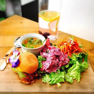 パドルバーガーランチ(METoA Cafe & Kitchen)