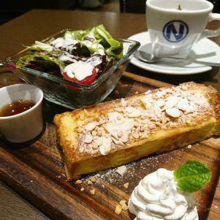 Dセット FRENCH TOAST SET(肉が旨いカフェ NICK STOCK 本町通店)