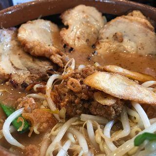 北海道味噌チャーシューメン 半麺 (麺場 彰膳 春日本店)