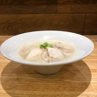 鶏白湯と出しのらーめん(くぼた製麺処)