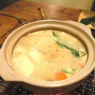 とろ湯豆腐