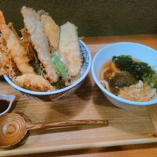 豪快天丼(本町製麺所 天 地下鉄新大阪店 (本町製麺所 TEN))