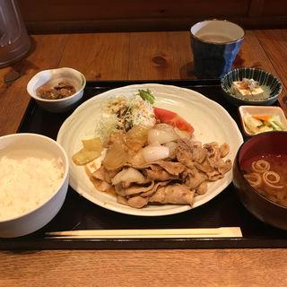 生姜焼き定食(料理屋 三船 )