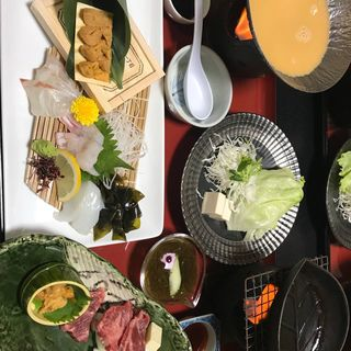 淡路牛ウニ焼きと赤うにしゃぶコース(松葉寿司 (まつばすし))