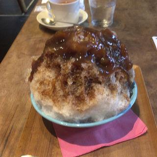 葛と黒蜜のかき氷(Cafe Bibliotic Hello! (カフェ ビブリオティック ハロー!))