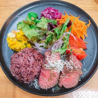 ワンプレート (豪州黒牛ローストビーフ)(食堂カフェpotto × タニタカフェ)