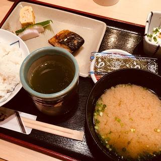 朝定食(割烹 かじ 本店 )