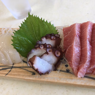 刺身盛り(まるよし食堂)