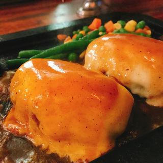 トリプルチーズハンバーグ(ゴールドラッシュ 本店 )