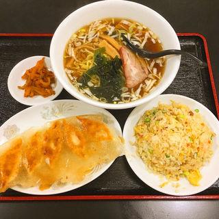 餃子+半チャーハン+ラーメン(ニイハオ 大森店 )