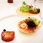 野菜のテリーヌとパルフェ、黒らっきょうのピューレ