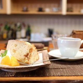 オレンジ&ポピーのシフォンケーキ(THE SHOP 十二ヵ月 )