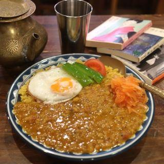豆カレー(古本カフェ 甘露)