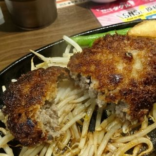 超粗挽きハンバーグ(1ポンドのステーキハンバーグタケル 上野店)