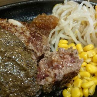 ハンバーグ(ペッパーソース)(牛舎 (Gyu-sha))