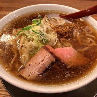 喜多方らーめん(麺や七彩)