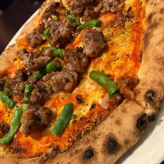 自家製サルシッチャ、自家製七味唐辛子、隠元豆のトマトソース(ピッツェリア・エ・バール・レガーメ (Pizzeria e bar LEGAME))