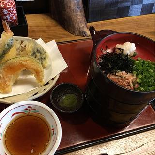 天ぷら割子そば