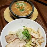 松茸とすじ肉のドロつけ麺