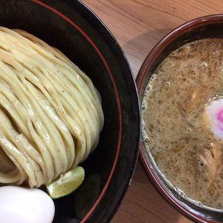 豚骨魚介つけめん半熟味付玉子(塚本 一盃)