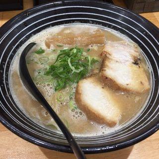 濃厚鶏白湯醤油ラーメン(らーめん専門店 ドラゴンマン 吹田店 (Dragon MAN))
