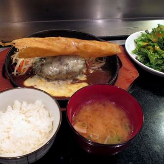 店内直挽あぐー豚ハンバーグ(150g)(お好み 鉄板 のき)