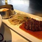 (平日限定)サイコロステーキ&煮込みハンバーグランチ
