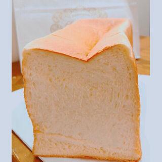 純なま極み食パン(フルールドゥリュクス 伏見店)