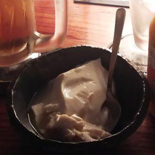 お通し(味付け豆腐)(とり鉄 武蔵小杉店 (とりてつ))