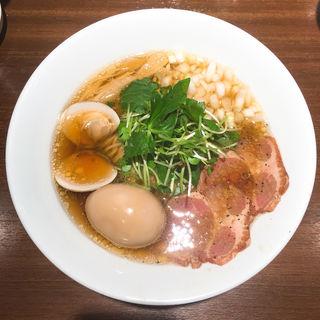 赤鶏と蛤の淡麗中華そば 醤油味 味玉付き(麺屋 ねむ留)