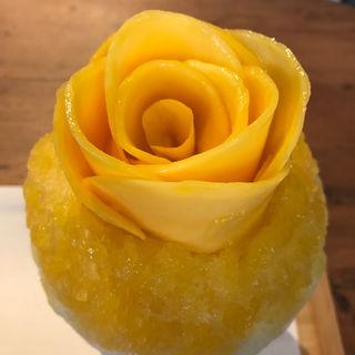 花盛りかき氷 マンゴー(にしのみや果汁店)