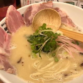 レアチャーシュー肉そば(麺や 鳥の鶏次 )