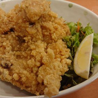 鶏の半身揚(亀松 横須賀中央店)