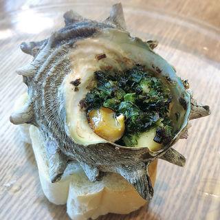 松島産サザエのガーリックバター(ビストロ マツシマ)