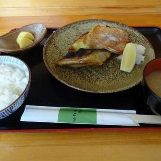 焼き魚3種定食(かとう )