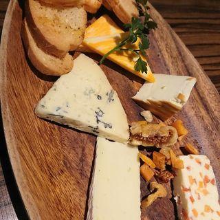 チーズの盛り合わせ(エイト ライスフィールド カフェ 札幌駅北口店)