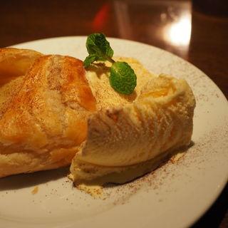アップルパイ~バニラアイス添え~(dos)
