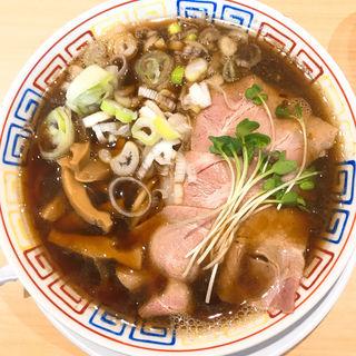 サバ醤油そば(サバ6製麺所南森町)