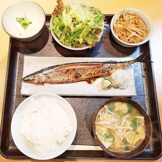 本日の焼き魚定食(サンマ)(土龍 )