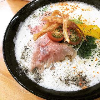 プレミアム鯛塩濃厚そば〜ソイミルク仕立て(鯛塩そば 縁)